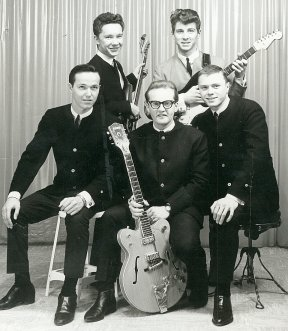 The Dovermen: Warren Hannah ~ John Bishop ~ Bill Hillman ~ DelKeith Dubbin ~ Cyril Stott