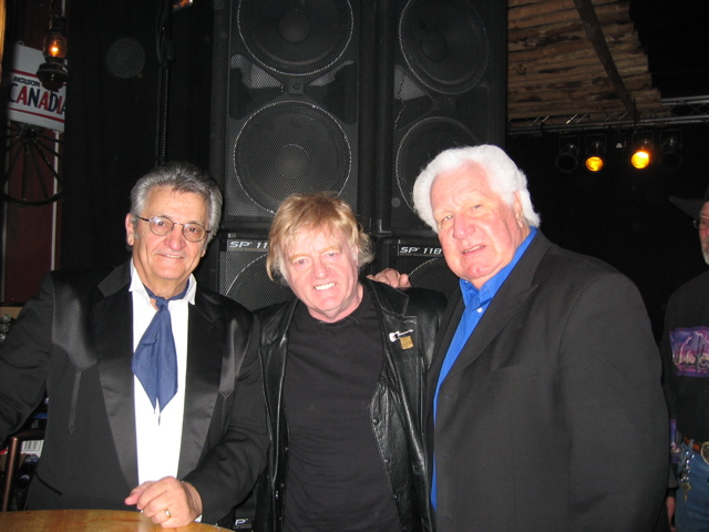 Bill Hillman with Bob Wootton and WS Holland of the Tennessee Three